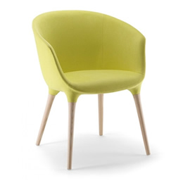 Sessel mit Beinen aus hellem Holz Voll gepolsterter Sitzschale mit Armlehnen in frischem Grün